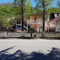 002-gagra-yutdvor
